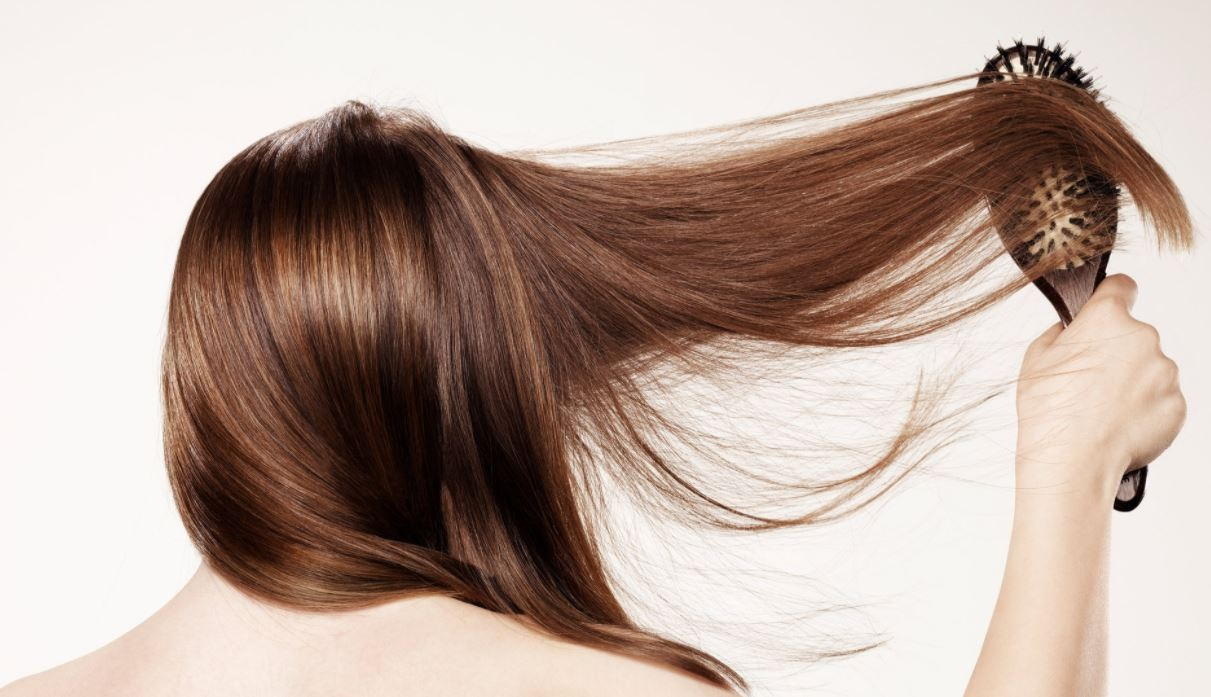 Best Ways to Get Shiny Healthy Hair